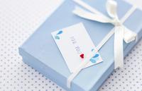 夫へ贈る「結婚記念日プレゼント」選び5つのポイント