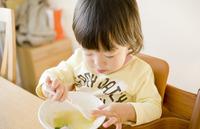 【育児相談:ベビーの食事】完了期は、大人と同じごはんでいい?