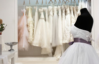 30代の花嫁が着るウエディングドレスの選び方