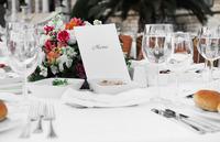 貯金がなくても結婚式をあきらめない!ご祝儀で叶えるウエディング