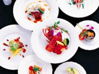 食材や調理法にこだわった婚礼メニュー&サービステクの演出