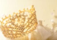 クラウンでキュートな花嫁に♪麗しのブライダルアクセサリー
