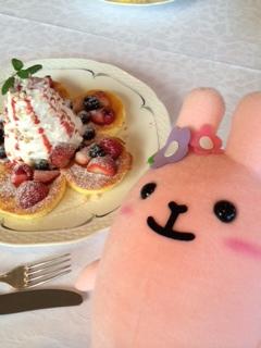 ラヴィの顔より大きいパンケーキ!