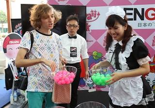 日本のマナーで遊べ!お箸で運ぶピンポン玉 ゲーム《二次会ゲームコレクション33》