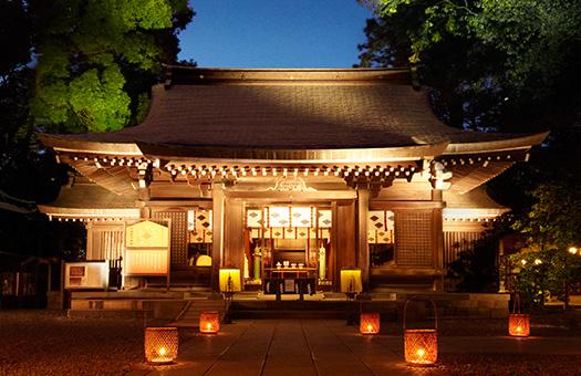 ライトアップされた川越氷川神社
