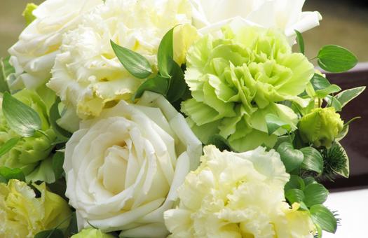結婚式の装花の節約術