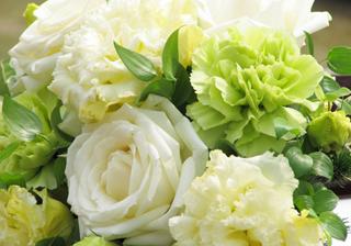 本気でこだわると高くつく結婚式の装花のコストカットのコツ