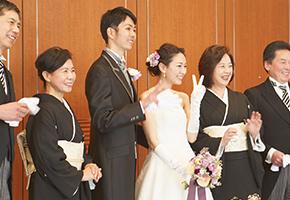 身内と親族のみの結婚式の服装(20人規模のウエディング)