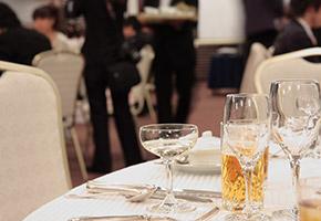 バリアフリーの結婚式場の費用