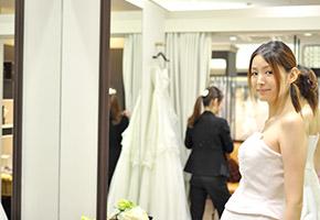 マタニティウェディングにおすすめのドレス
