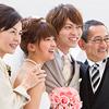 家族や身内だけの結婚式の費用相場と成功のコツ
