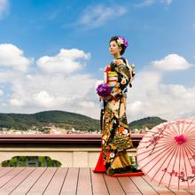 京都を代表する東山の絶景を望める最上階テラス。