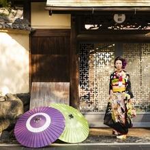 秋の京都は和装もよく似合う