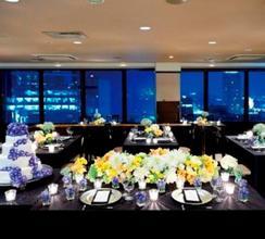 大きな窓から神戸の景色一望!人気のレストラン貸切♪