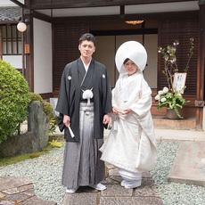 挙式会場の神社へ