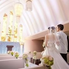 日本人牧師による正統的で温かなセレモニー