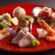 全てお箸で召し上がることの出来るコース料理