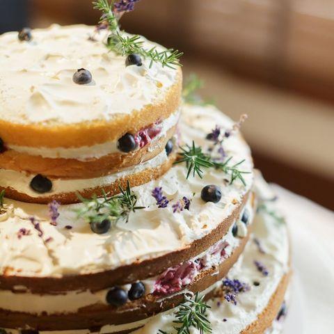フォトジェニックなネイキッドケーキも人気の一つ