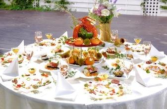 季節に合わせて旬の食材を活かした婚礼料理