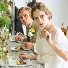 隣接キッチンから提供される「お箸で召しあがれるフレンチ」