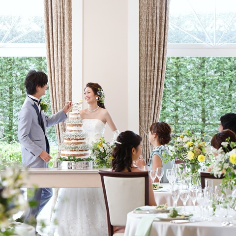 ゲストと距離が近くて自由に過ごせる空間。ワンフロアを貸切にして、ホテルとは思えないほど開放感溢れるパーティを開こう!