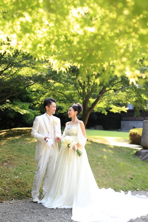 三渓園「鶴翔閣」では驚くほどにドレスもとってもよく似合われます