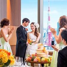 都会の絶景を楽しめる高層階会場と緑溢れるチャペル&ガーデン!