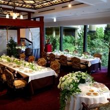 東京で食事会、結婚式はグリルうかい 大切なゲストへおもてなし