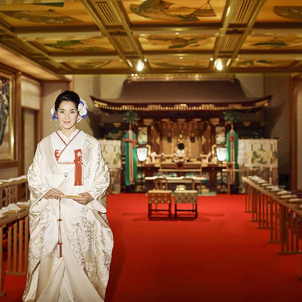 創業時の伝統を受け継ぐ神殿をそのまま移築した歴史ある大巳殿