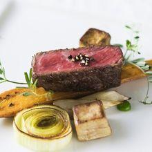 ゲスト満足度高評価の特選料理