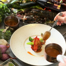 素材選びから調理まで丁寧に仕上げる一皿