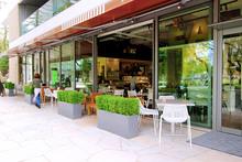 緑あふれるナチュラル空間&自由な発想のウェディングが人気です