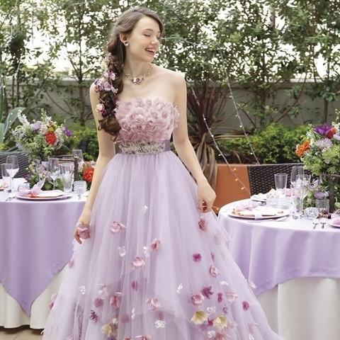 ディズニー好きの心をくすぐるウエディングドレスが遂に登場(C)Disney