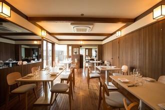 180坪の敷地、一軒家でごゆっくりとお食事をお楽しみください