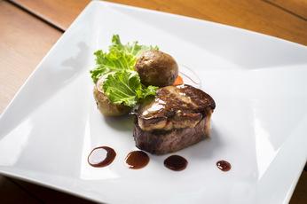 肉はこだわり和牛のランプ
