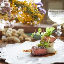 レストラン評価受賞の贅沢試食