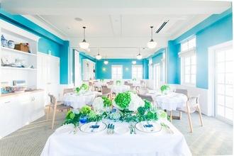 海を一望できる一軒家レストランでの結婚式☆