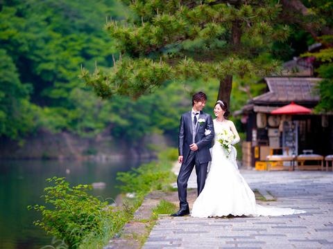 一度訪れた人が何度も訪れたくなる「京都 嵐山」。