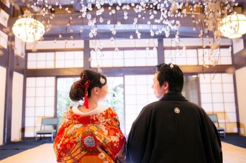 別館合掌造りの「花の間」餅花の前で撮影する写真も素敵です(#^.^#)