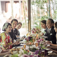 ワンフロア貸切の会場なのでテーブルレイアウトも自由自在