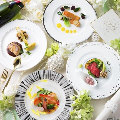 和と洋が融合した和風創作フレンチをご提供お箸でお召し上がりになることができるので、ご年配のゲストの方にも好評をいただいております☆