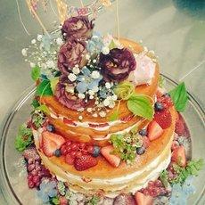 ☆流行のネイキッドケーキ☆