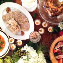 コース料理とビュッフェを組み合わせたイカリヤオリジナルコース