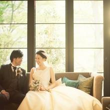 暖かくこぼれる自然光も結婚式での優しい演出