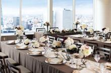 テーブル装花やカラークロスなどお好みのアレンジが可能なプラン