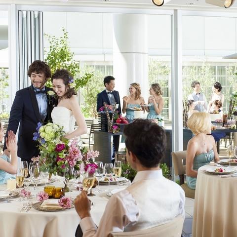 レストランウェディングなどカジュアルなパーティーも可