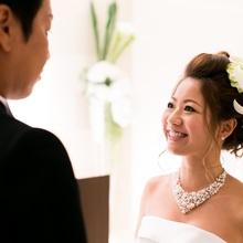 結婚式や披露宴を細かく説明いたします。