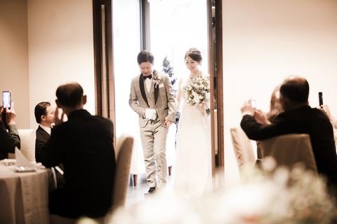 一つ一つの結婚式を丁寧に心を込めて行います。