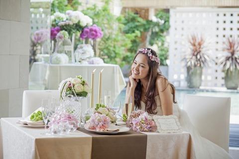 会場内に使用するお花も専属のフローリストと決めて頂くことができます。