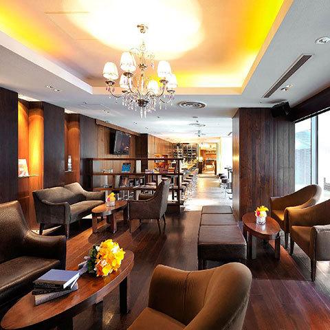 レストランながら、ゲストがゆったりと寛げるスペースもしっかり完備。ゲストへのおもてなしを考えたレストランです。